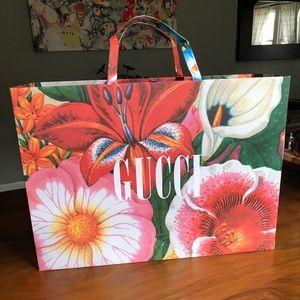 Gucci jumbo shopping bag
